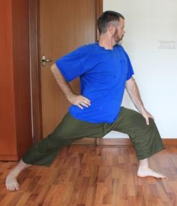 Thai Version 2 hand on front knee