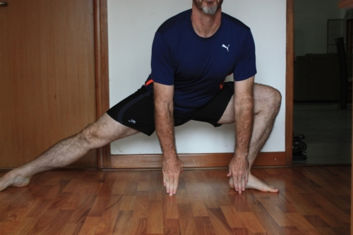 Side lunge: This one is  particularly important to get the knee aligned with the foot.