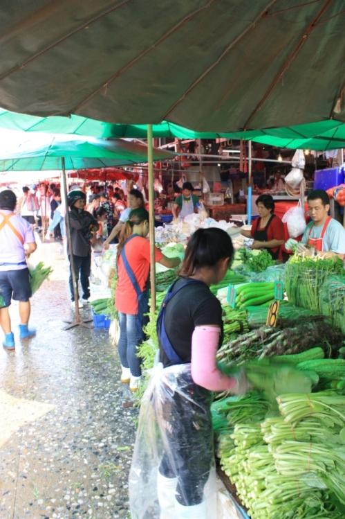Taken on September 20, 2015 at Khlong Toei Market