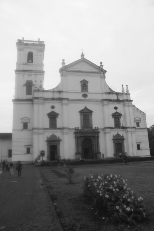 Se Cathedral, Old Goa; The asymmetry is due to an accident that destroyed the other tower